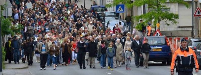 Le plan Vivalia 2025, qui prévoit de réorganiser le paysage hospitalier de la province de Luxembourg en un bi-site Centre-Sud/Marche, a été approuvé par le Conseil d'administration de Vivalia mais le mouvement de protestation des Arlonais ne faiblit pas.