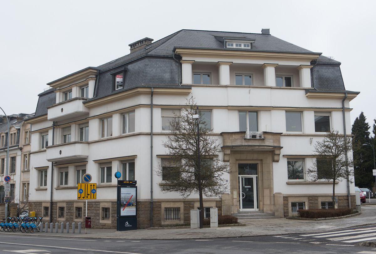 Auch diese Immobilie auf Nummer 108, Avenue du X Septembre, in Luxemburg-Belair ist fortan geschützt. Die SNHBM, deren Sitz hier zuvor untergebracht war, hat das Gebäude inzwischen verkauft.