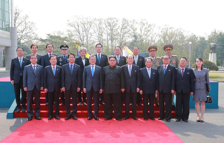 Esta foi a primeira vez que o líder da Coreia do Norte, Kim Jong-un, cruzou a fronteira que separa as duas Coreias