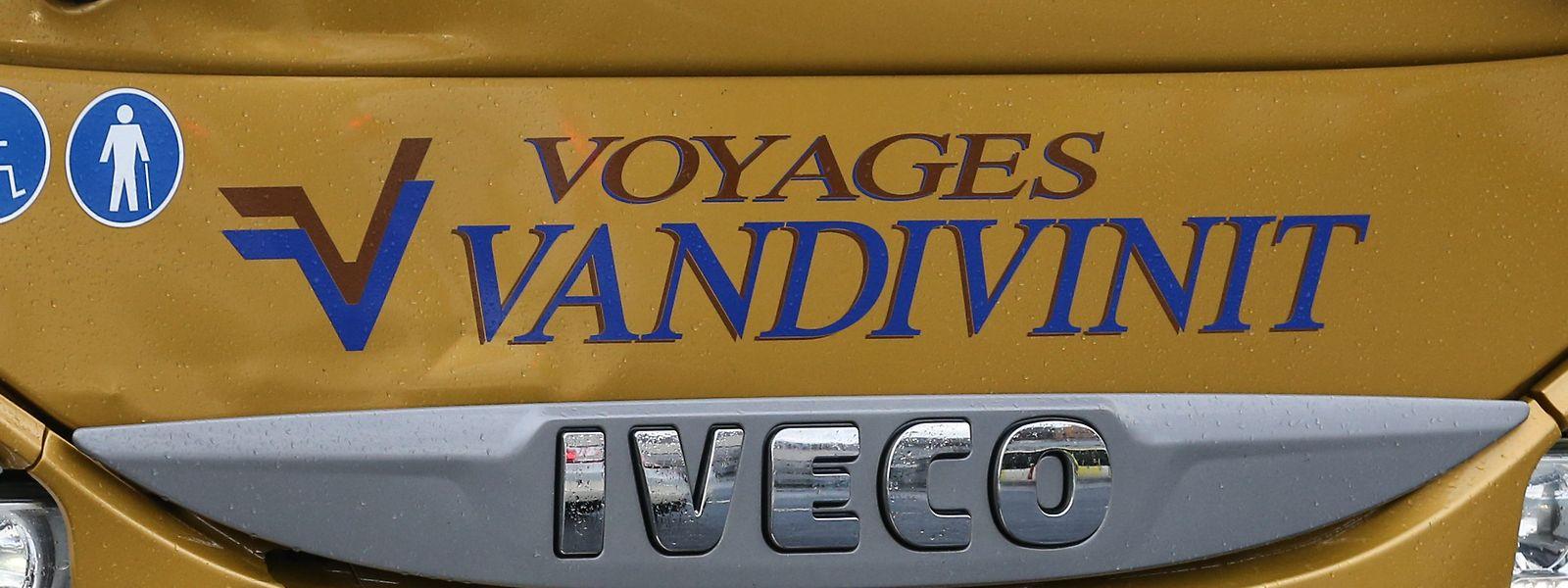 Jusqu'à présent, bus et chauffeurs Vandivinit n'avaient pas de point de rassemblement côté français.