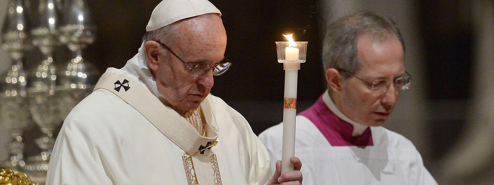 Die Kinderschutzkommission wurde im März 2014 von Papst Franziskus ins Leben gerufen; sie knüpft an Maßnahmen seines Vorgängers Benedikt XVI. im Kampf gegen sexuellen Missbrauch an.
