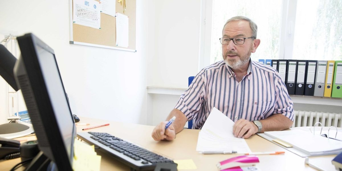 """Francis Lefèvre arbeitet seit seinem Ruhestand ehrenamtlich in der """"Agence du Bénévolat""""."""