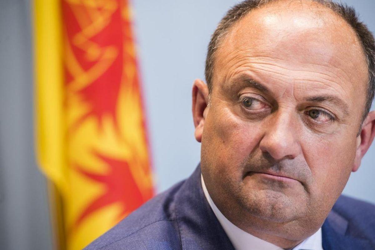 Le libéral Willy Borsus cède sa place de ministre-président de la Wallonie.