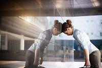Stress, Arbeit, Frau, Burn-out (Foto: Shutterstock)