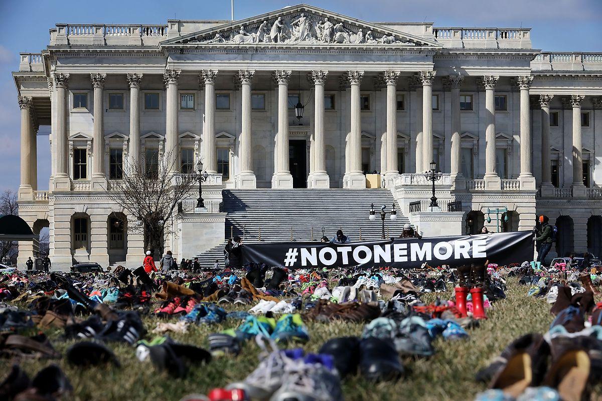 Bei dem Massaker in Newtown im Staat Connecticut im Jahr 2012 hatte ein 20-Jähriger 27 Menschen, die meisten von ihnen Kinder, und anschließend sich selbst getötet.