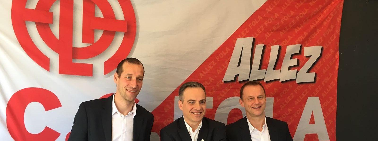 Jeff Strasser, l'entraîneur, Mauro Mariani, le futur président, et Cyril Serredszum, l'entraîneur adjoint du CS Fola.