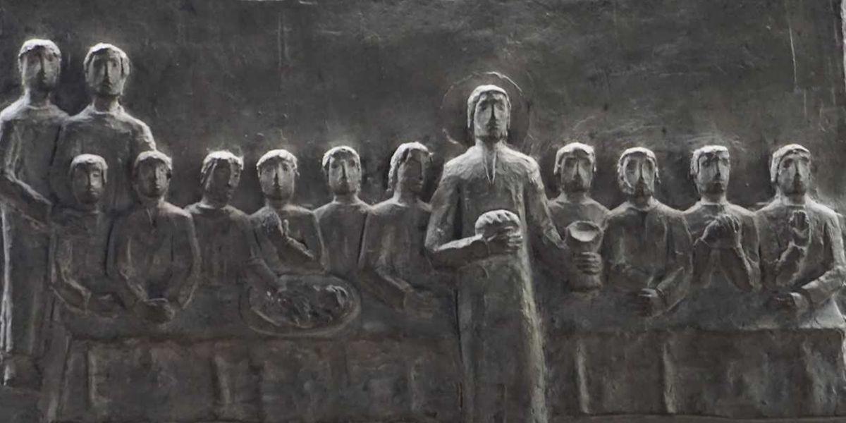 De Jesus beim leschten Abenmahl mat senge Jünger op Gréngendonneschdeg.