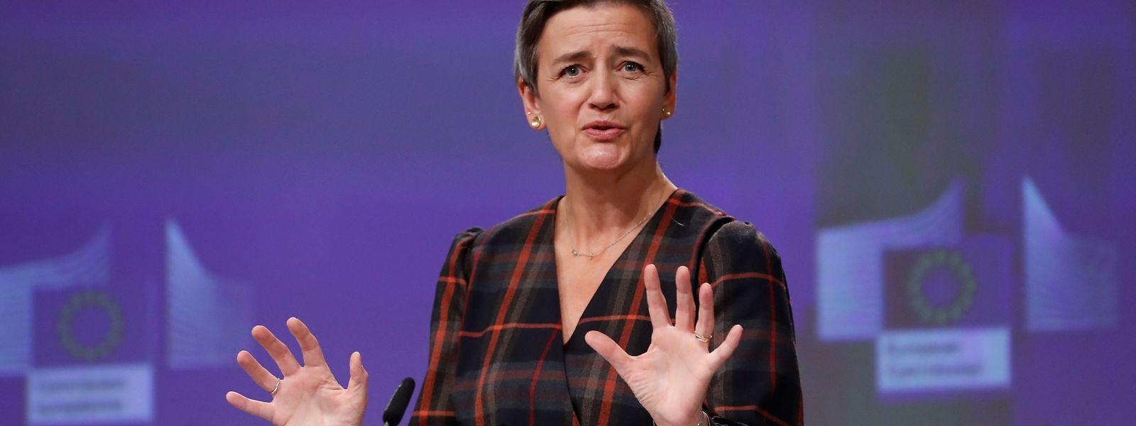 EU-Kommissarin Margrethe Vestager legt sich erneut mit einem Online-Multi an.