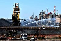 (FILES) This file photo taken on July 23, 2019 shows the steel manufacturing giant Arcelor Mittal Italia (ex ILVA ) plant, in Taranto, southern Italy. - The world steel giant ArcelorMittal announced on November 4, 2019 that it was cancelling the takeover of the Italian company Ilva, after the withdrawal of criminal environmental protection for the managers of the Taranto site, which is currently being cleaned up. (Photo by Tiziana FABI / AFP)