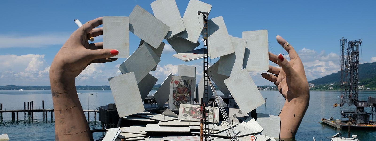Zwei Dutzend Mal wird die Oper Carmen zwischen Mitte Juli und Mitte August auf der Bregenzer Seebühne aufgeführt.
