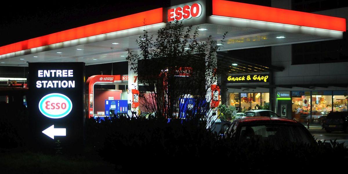 An der Tankstelle in Leudelingen sollte ein privates Sicherheitsunternehmen spätnachts für Ordnung und Sicherheit sorgen.