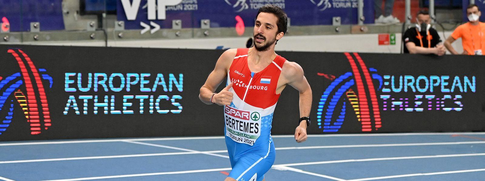 Bob Bertemes läuft in seinem Vorlauf über 1.500 m nur hinterher.