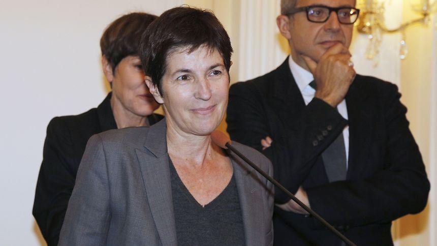 Christine Angot remplacera la journaliste Vanessa Burggraf, retournée sur France 24 après un an au côté de l'animateur pour être adjointe au directeur de la chaîne d'information.