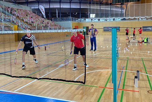 Badminton: Jungspund auf dem Trainerstuhl