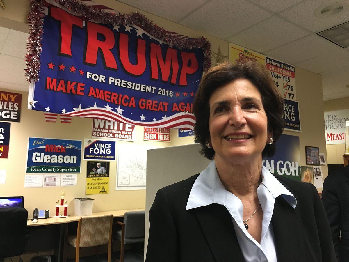 Die republikanische Strategin Cathy Abernathy ist voll des Lobes für Donald Trump.