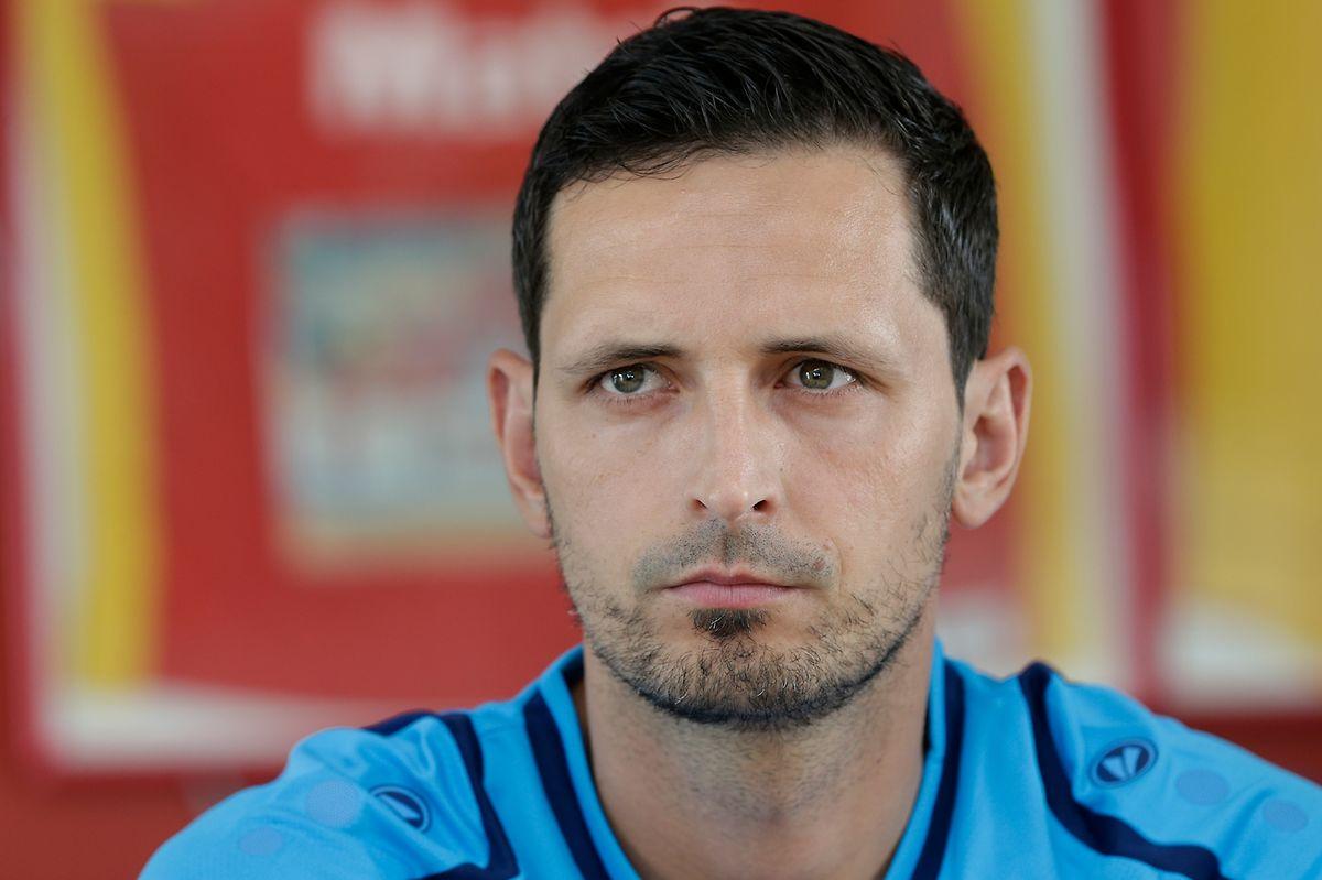 Der neue Trainer Dino Toppmöller glaubt an die kollektive Stärke seines Teams