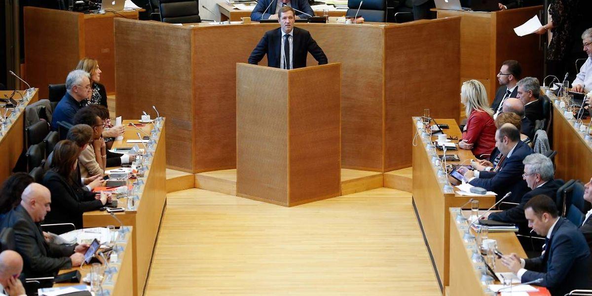Auch der wallonische Ministerpräsident Paul Magnette ergriff am Freitag das Wort vor dem Parlament.