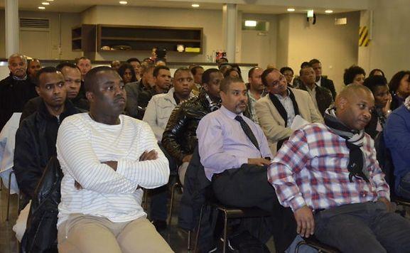 Os participantes têm de ter mais de 18 anos, só ter a nacionalidade cabo-verdiana e residir há pelo menos um ano no Luxemburgo