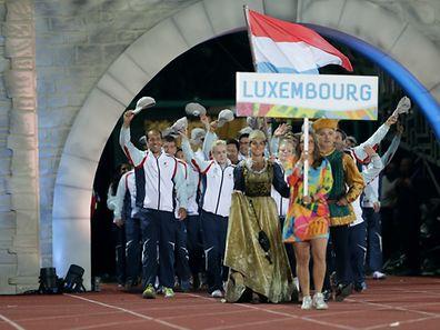 Les judokas ont emmené la délégation luxembourgeoise derrière leur porte-drapeau Manon Durbach.