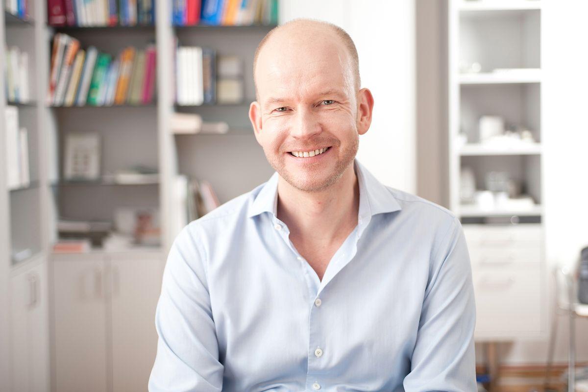 Dermatologe Christoph Liebich weiß um die speziellen Bedürfnisse von Männerhaut.