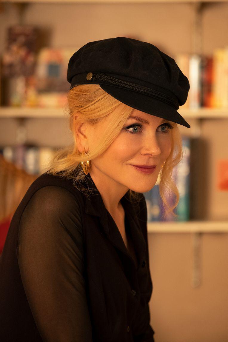 Bewegt sich etwas ungelenk durch den Film: Nicole Kidman als Angie Dickinson.
