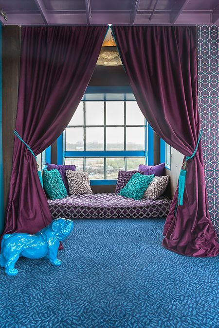 Ausgefallenes Design: Die drei Suiten im «Crane Faralda Hotel» in Amsterdam haben jeweils ein besonderes Motto (im Bild: Mystique Suite).