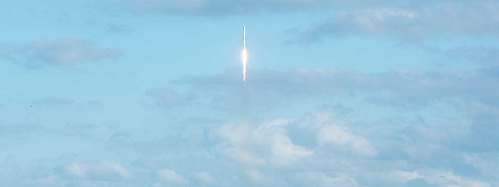 Il a fallu attendre 24 heures de plus que prévu mais le GovSat 1 vole vers son orbite