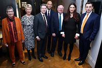 Former Labour party MPs, (From Left) Ann Coffey, Angela Smith, Chris Leslie, Chuka Umunna, Mike Gapes, Luciana Berger, and Gavin Shuker pose for a photograph following a press conference in London on February 18, 2019, where they announced their resignation from the Labour Party, and the formation of a new independent group of MPs. - Seven MPs from Britain's opposition Labour Party on Monday announced they were breaking away in protest at the party leadership's support for Brexit and its failure to stamp out anti-Semitism. Speaking at a hastily arranged press conference in London, the seven attacked party chief Jeremy Corbyn for leading the party to the far left and said they would sit as an independent group in parliament. (Photo by Daniel LEAL-OLIVAS / AFP)
