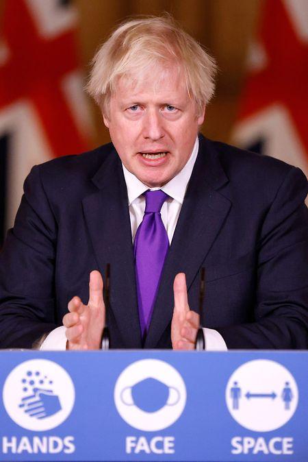 Johnson während der virtuellen Pressekonferenz.