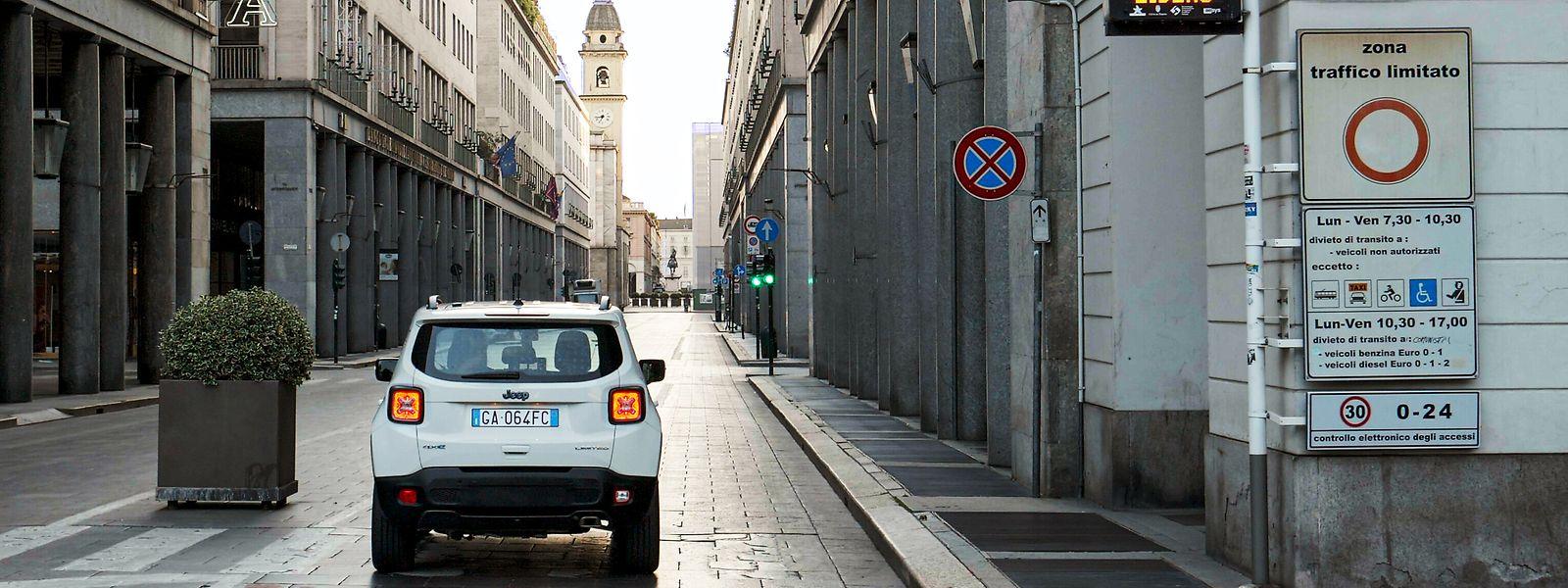 Feldversuch: Dieser Jeep schaltet automatisch auf E-Betrieb um, sobald er eine gewisse Zone in der Stadt erreicht hat.