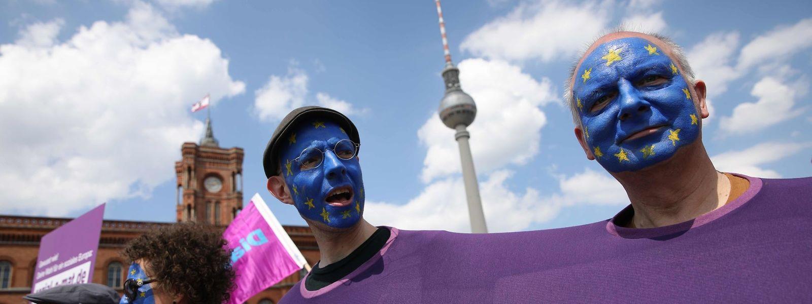 61% des citoyens européens considèrent positivement l'adhésion de leur pays à l'UE.