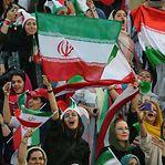 Fotogaleria. O dia em que as mulheres do Irão puderam ir ao estádio de futebol