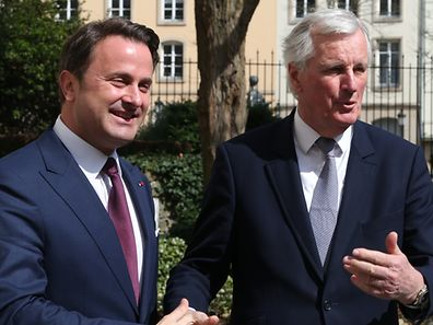 Xavier Bettel (L) and Michel Barnier in Luxembourg on April 4, 2017.