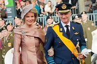 Prinzenhochzeit - mariage princier - Familie und Gaeste auf dem Weg in die Kathedrale - Kronprinz Philippe und Prinzessin Mathilde von Belgien, Herzog und Herzogin von Brabant