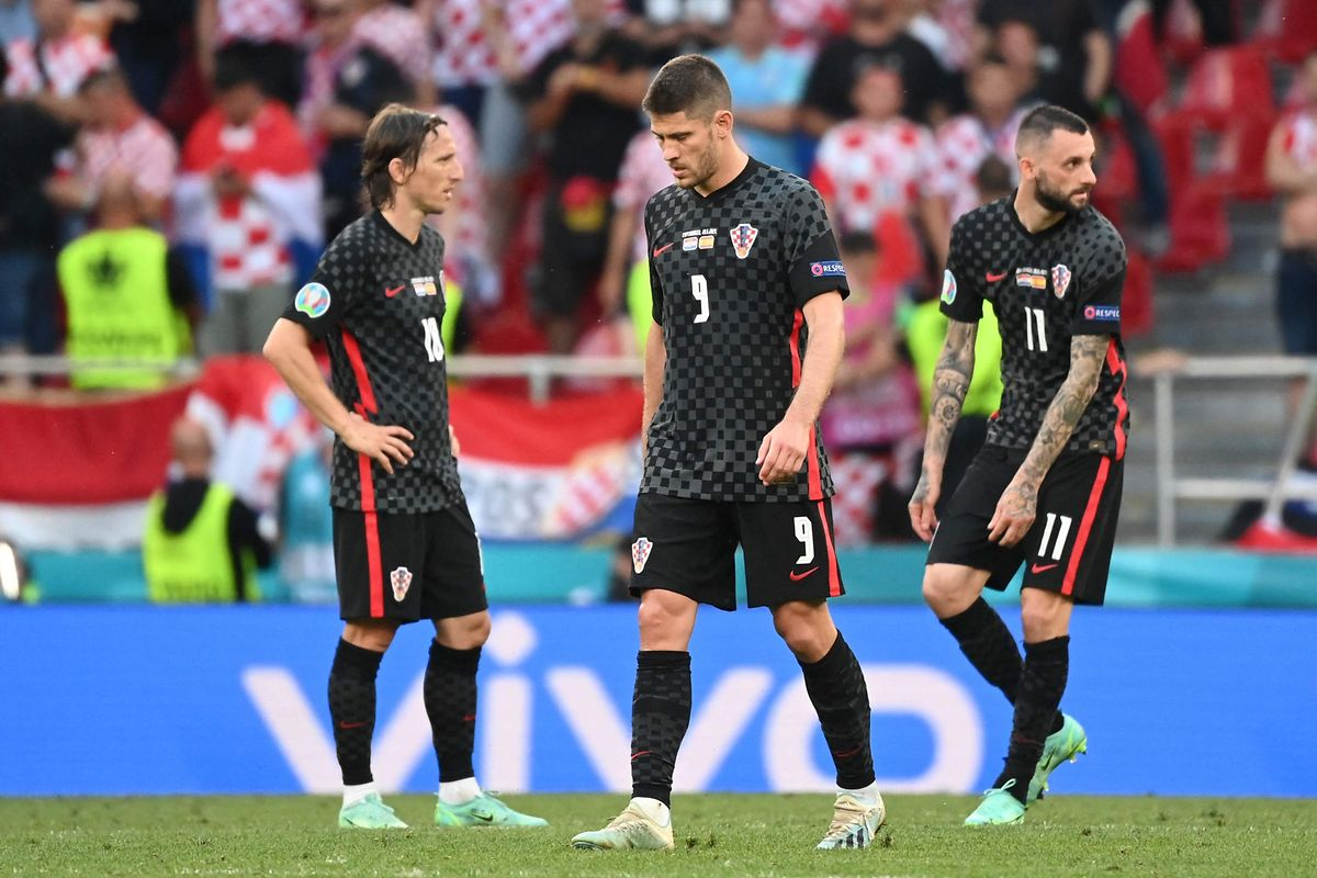 Die Kroaten um Luka Modric, Andrej Kramaric und Marcelo Brozovic (v.l.n.r.) sind enttäuscht.