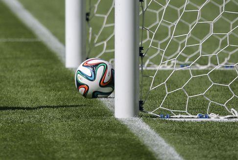 Im Fußball: Testphase für Videobeweis beschlossen