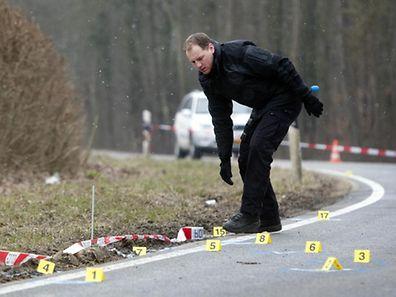 Bei dem Überfall am 3. April 2013 hatten die Täter bei zwei Gelegenheiten mehr als 80 Mal auf Polizisten geschossen.