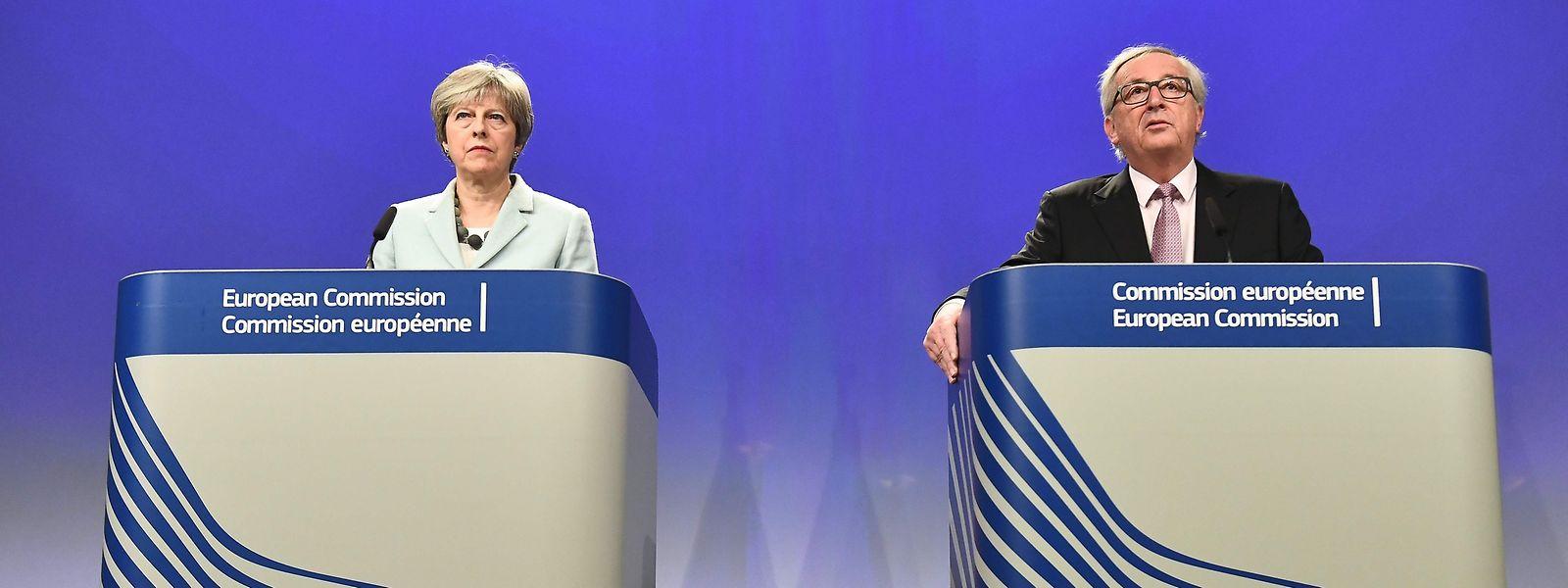 Der Graben wird kleiner: Theresa May (l.) und Jean-Claude Juncker bei einer Pressekonferenz zum Stand der Verhandlungen.