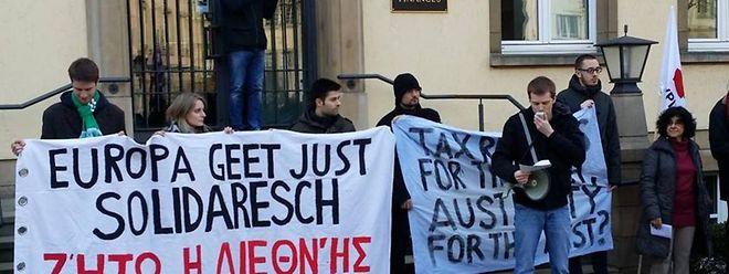 Demo vor dem Finanzministerium.