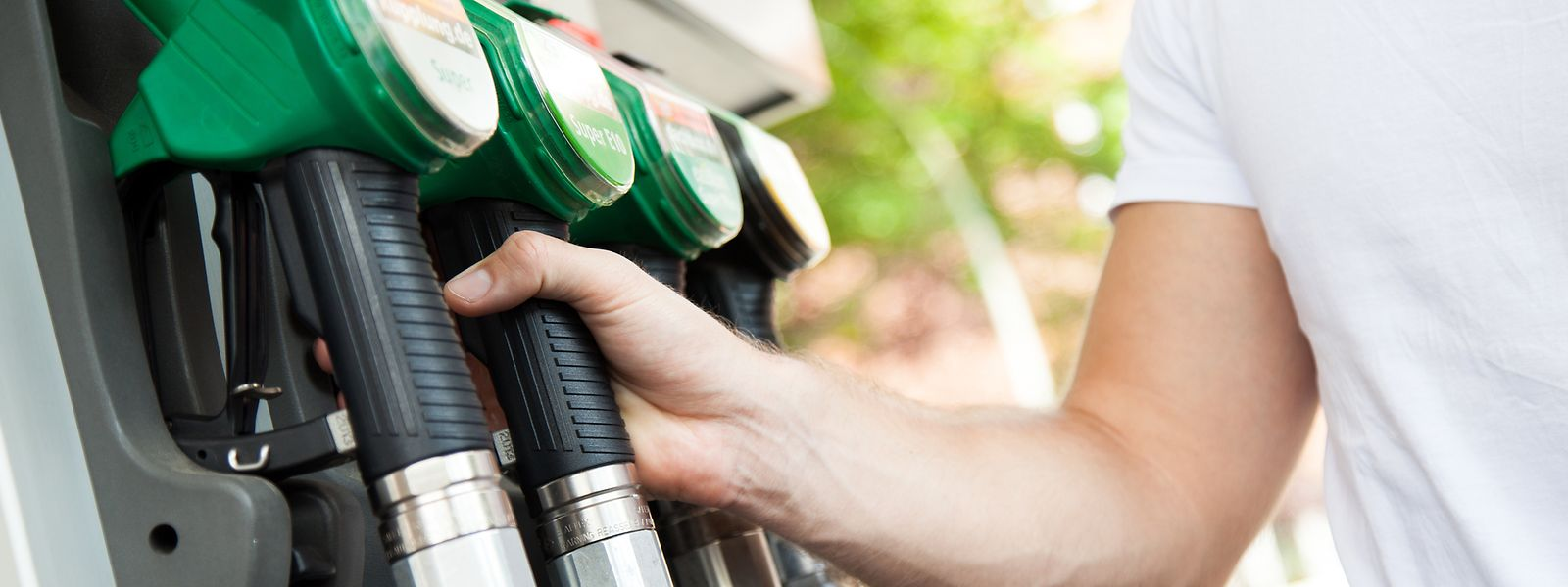95er Benzin wird am Dienstag teurer.
