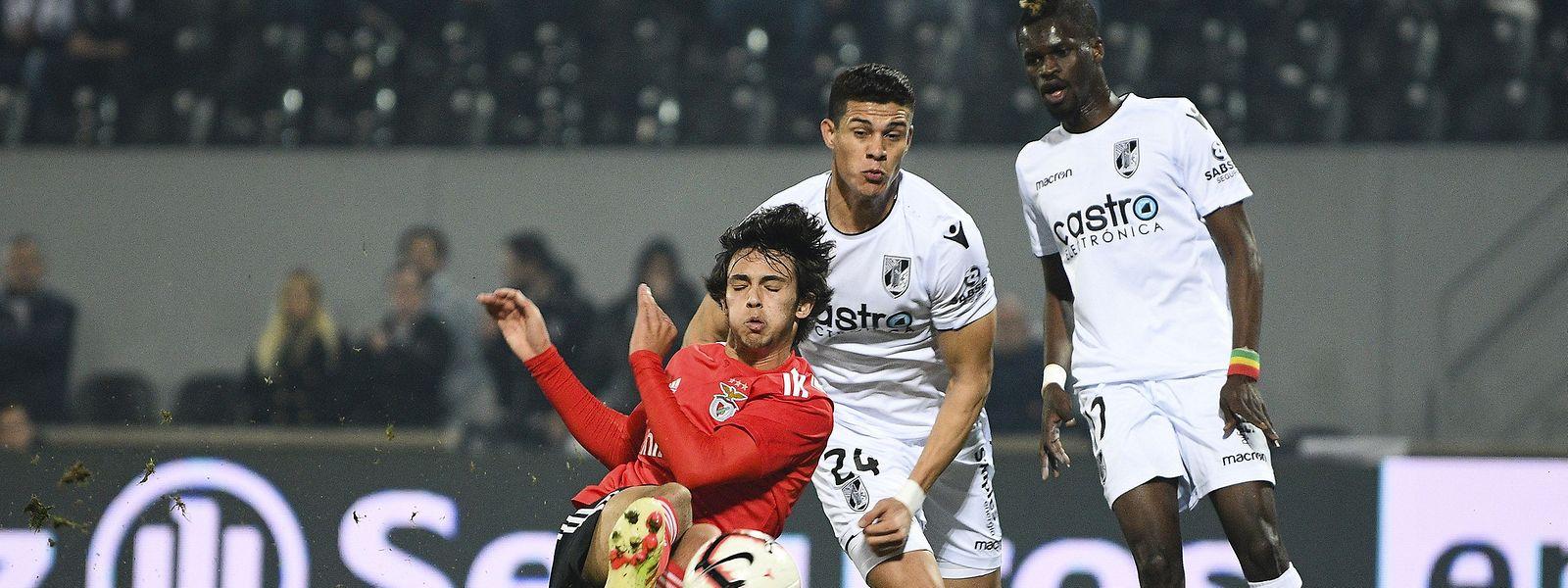 João Fálix (de vermelho) apontou o único golo do jogo.