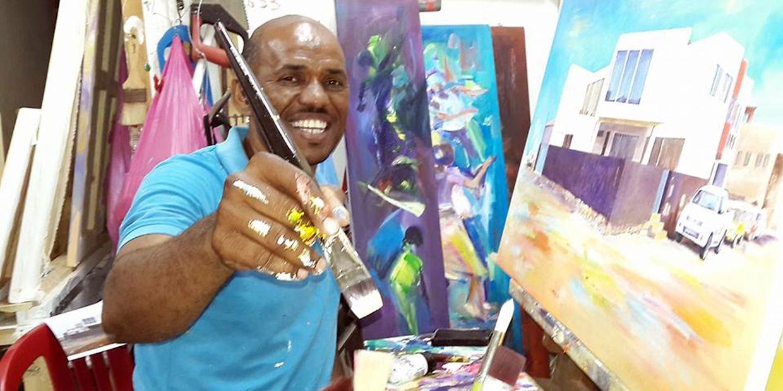 Severo Delgado nasceu em 1973 na ilha de Santo Antão. Foi condecorado em 2010 pelo então Presidente da República de Cabo Verde Pedro Pires com o segundo grau da medalha do Vulcão pelo seu contributo à cultura do país.