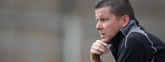 Mike Varnier occupera le poste d'entraîneur principal.