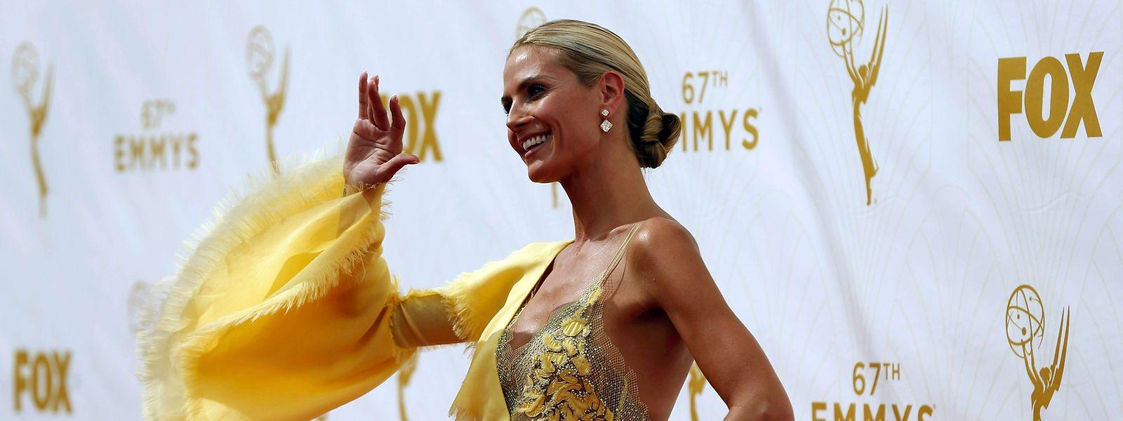 Heidi Klum sorgte mit ihrem Kleid bei den 67. Emmy Awards in Los Angeles für Aufsehen.