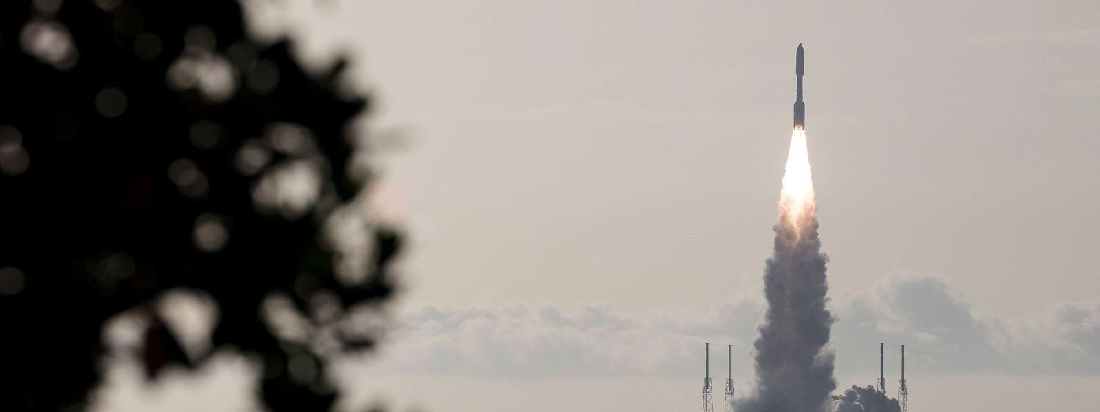Die Atlas-V-Trägerrakete beim Start.