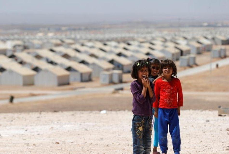 Syrische Flüchtlingskinder in einem Vertriebenencamp im jordanischen Azraq.