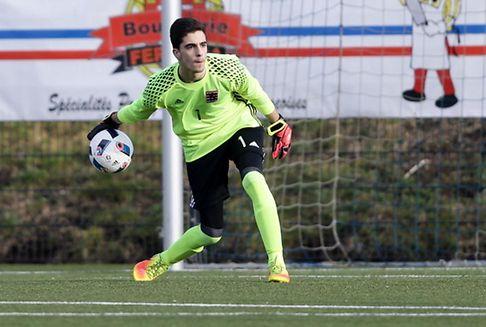 Un jeune gardien d\'Etzella en test au FC Porto
