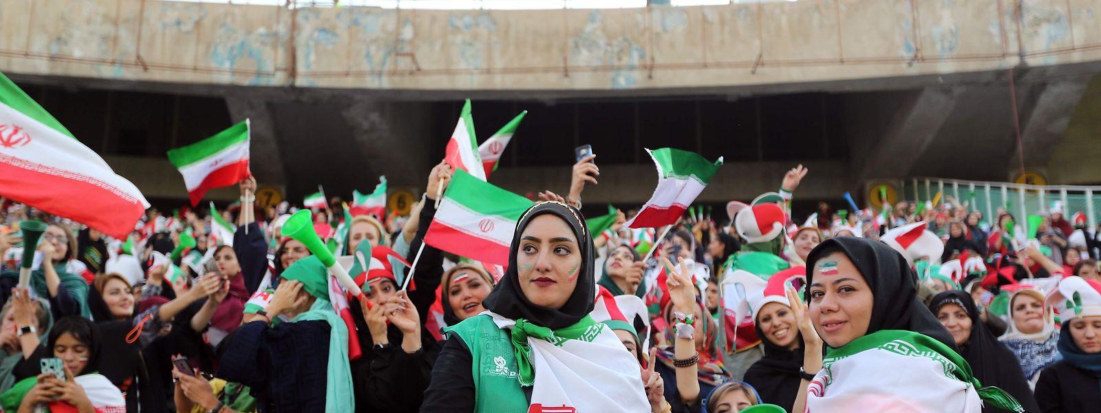 Au stade Azadi de Téhéran, l'enthousiasme était clairement féminin ce jeudi