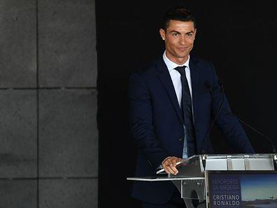 Dans sa ville natale de Funchal, le footballeur dispose déjà d'un musée à son honneur et d'une statue en bronze à son effigie.