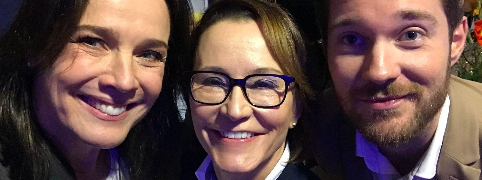 Im Selfie-Modus: Désirée Nosbusch mit ihrer Geschäftspartnerin Alexandra Hoesdorff und Schauspieler Tommy Schlesser